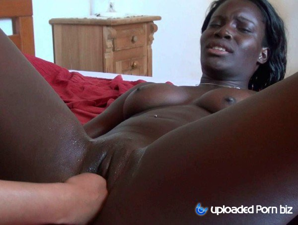 African Flower Ebony Girl Fisting HD 720p