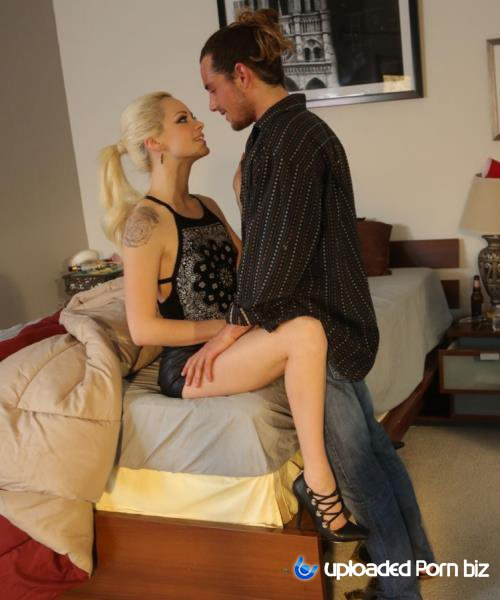 Elsa Jean Student Girl On The Date HD 720p