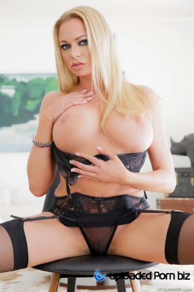Briana Banks Pov Fuck With Beautiful Blonde Milf FullHD 1080p