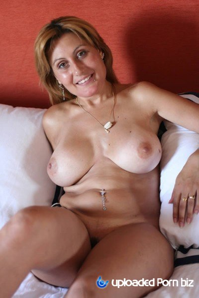 Nuria Mature Have Sex With Principal HD 720p