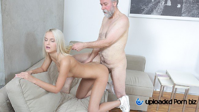 Joleyn Burst Young Girl Fuck With Old Man SD 480p