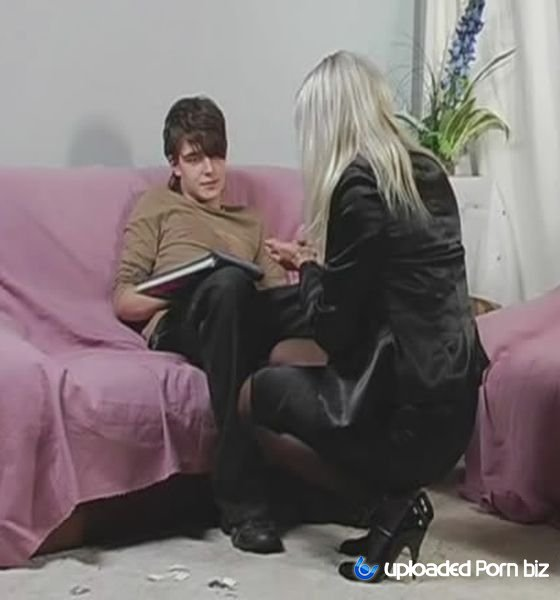 Amateur Russian StepMom Teach StepSons How Need Fuck SD 480p