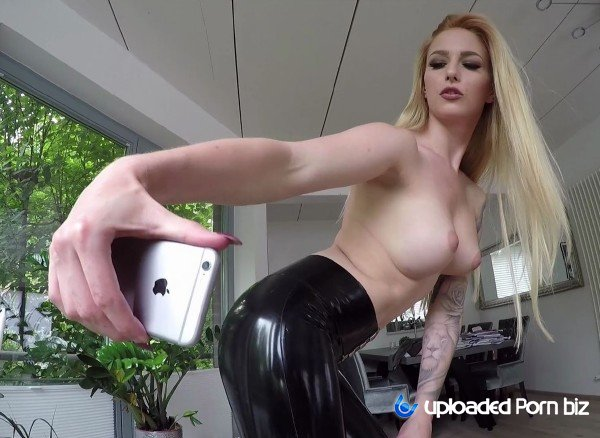Lucy Cat German Girl In Latex Fuck FullHD 1080p