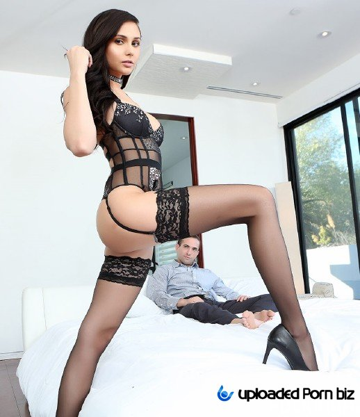 Ariana Marie Hot Model Knows How To Have Sex FullHD 1080p