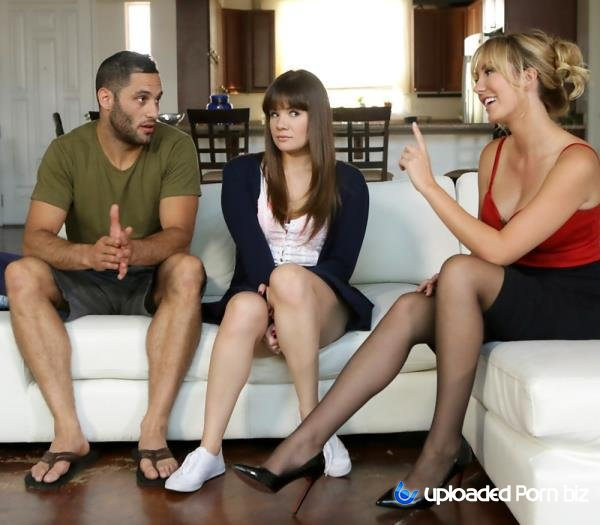 Alison Rey and Brett Rossi Mom Watch How StepDaughter Fuck With Boyfriend SD 540p