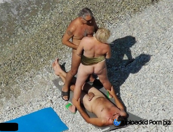 Amateur Orgy On A Nudist Beach FullHD 1080p
