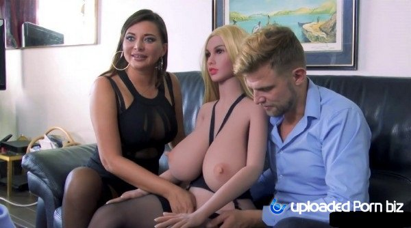Amateur Group Sex With Dolls FullHD 1080p