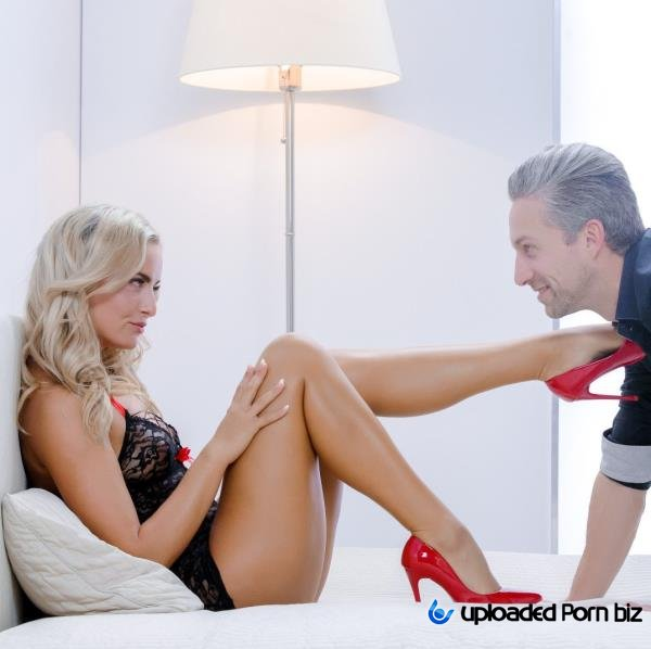 Victoria Pure Sex In Red Shoes FullHD 1080p