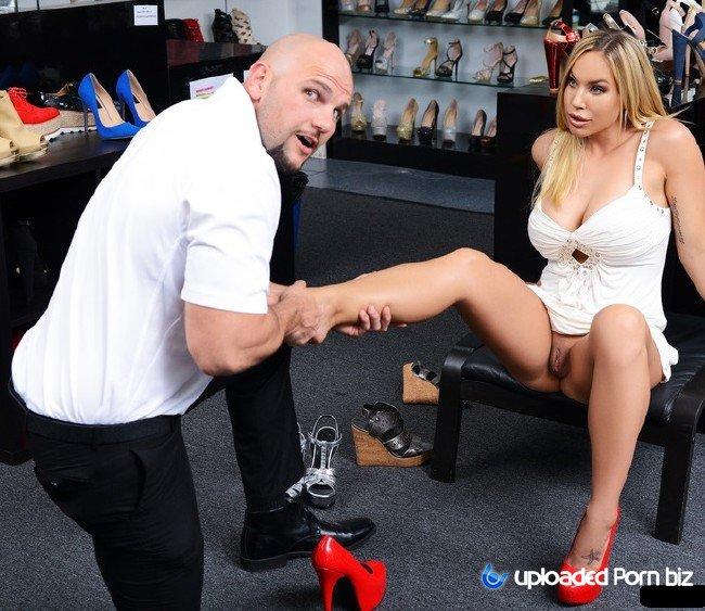 Olivia Austin Milf Shoe Fetish SD 432p