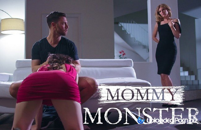 Casey Calvert and Mona Wales StepMom Watch How StepDaughter Suck Cock FullHD 1080p
